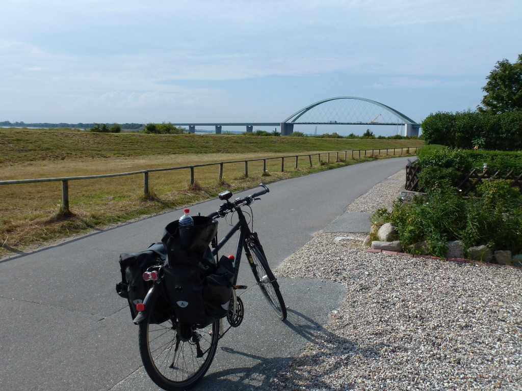 Blick auf die Fehmarnsund-Brücke